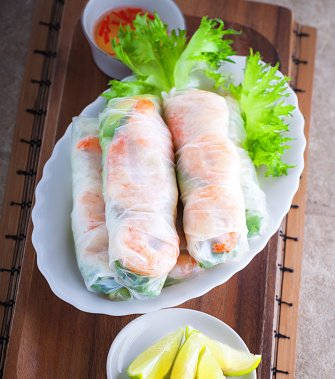 Happy #FirstDayOfSpring! Spring rolls, anyone? https://t.co/DqlOR2gVIY...