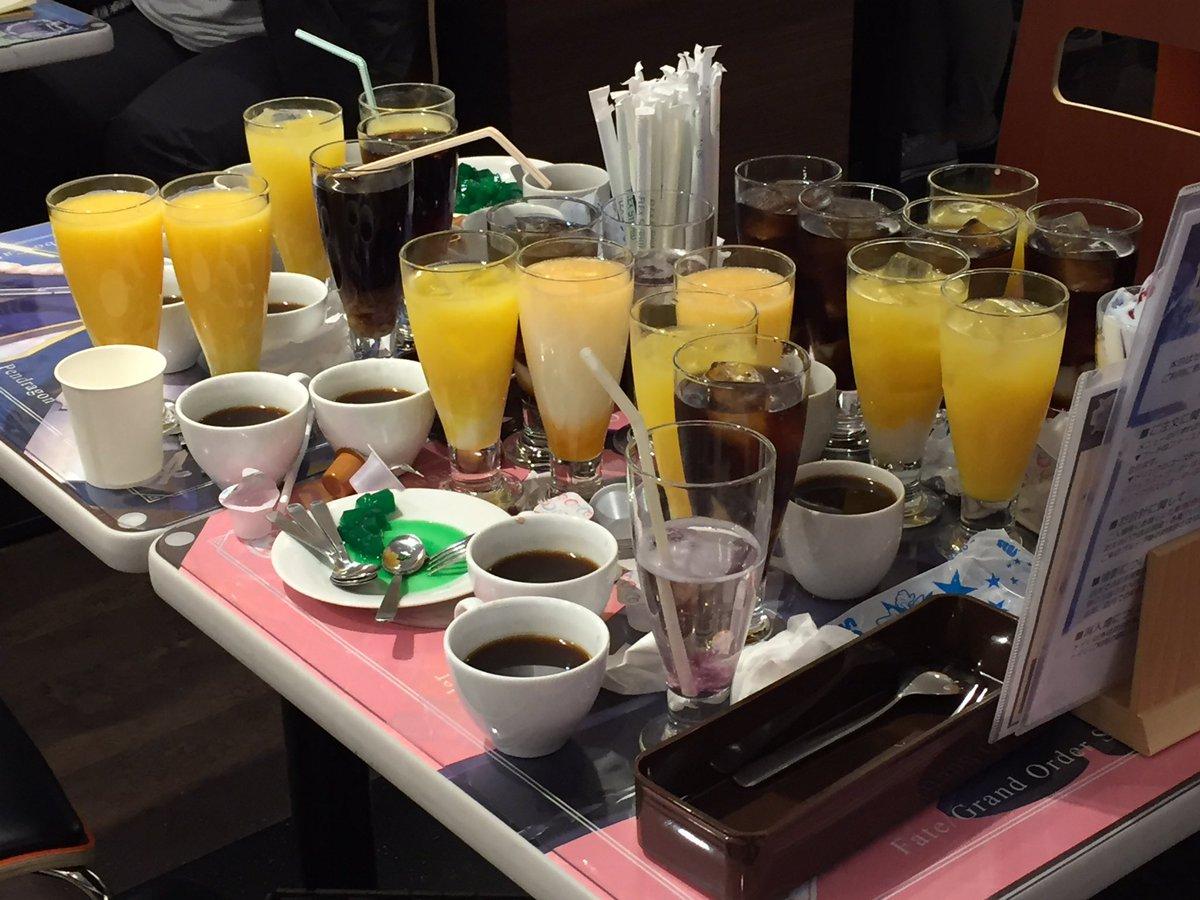 3/20 2030のFGOカフェにて… 中国系の女性4人組!残すんじゃねぇよ!! 今まで見た中で一番酷いぞ!!! #FGOカフェ