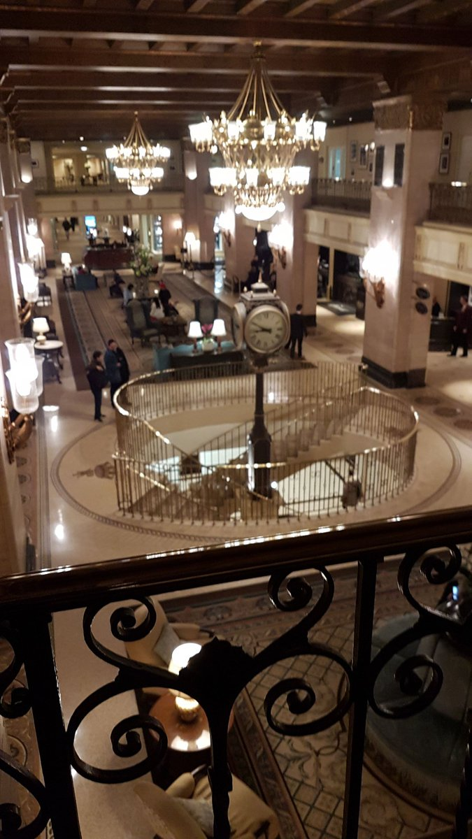 The Fairmont Royal Hotel es la sede donde se celebra Microsoft #E2 Education Exchange #makewhatsnext <br>http://pic.twitter.com/QOw5cvEmFO