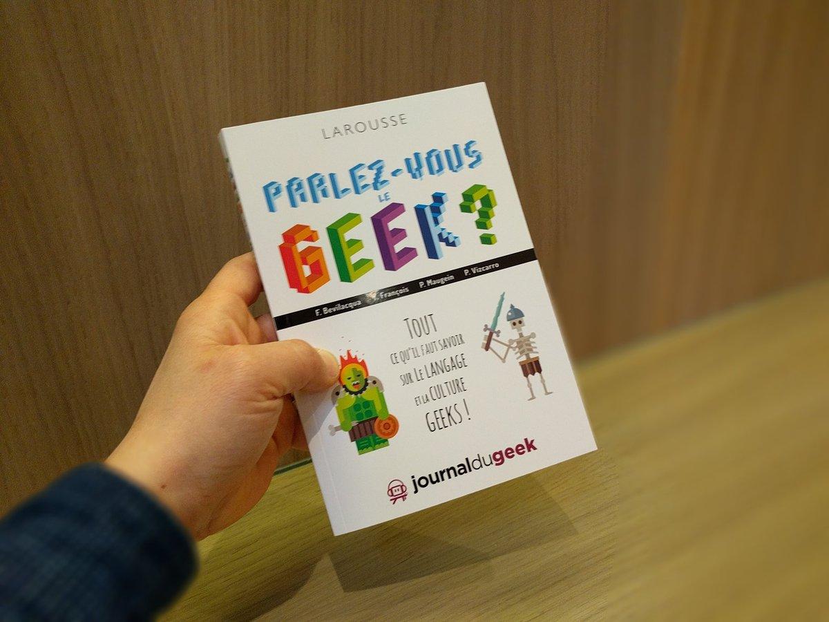 Parlez-vous le #Geek ? Par @JournalDuGeek édité par @LAROUSSE_FR<br>http://pic.twitter.com/SiBVBleRUJ