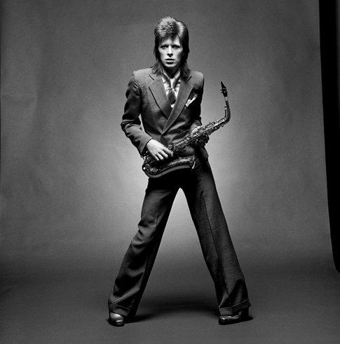 Hello lovely followers #Bowie David avait des qualités que j&#39;ai beaucoup de mal à retrouver chez ue autre personne. #DavidBowie <br>http://pic.twitter.com/5Fzlz1NFeA