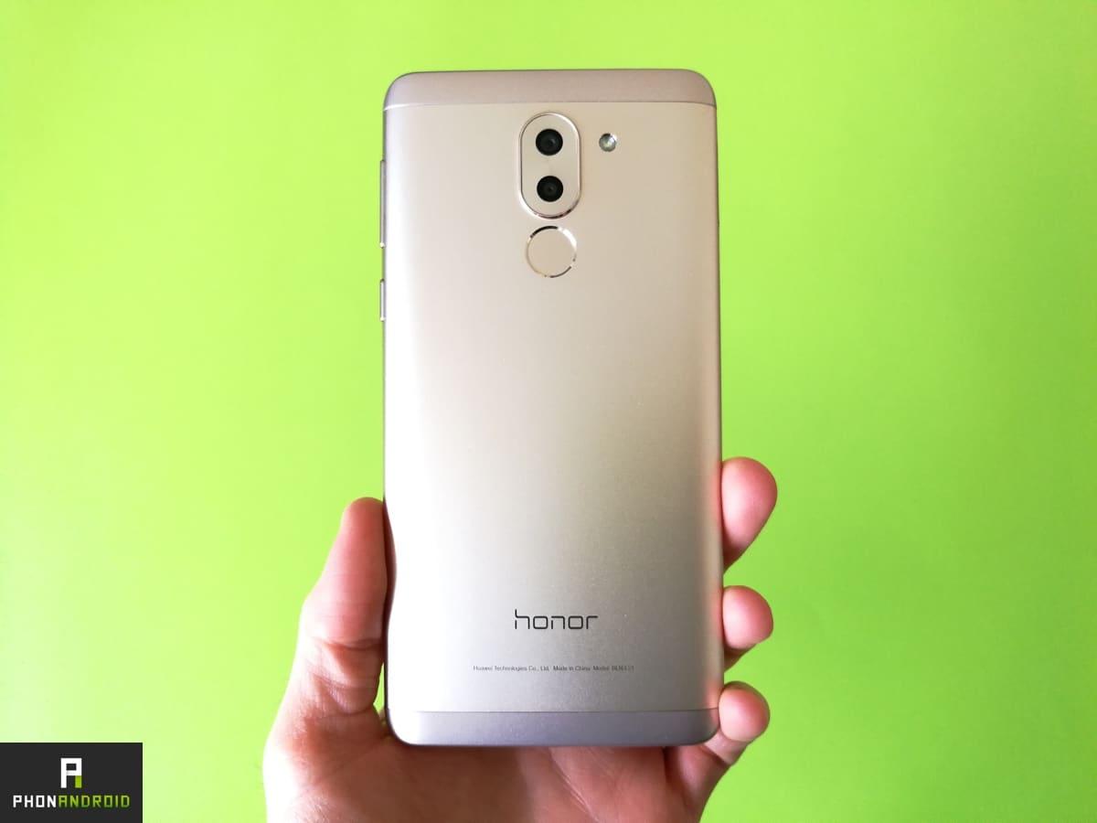 Honor 6X : testez le dernier né de Honor avec Phonandroid ! #Honor6X #test @Honor_FR &gt;  http://www. phonandroid.com/honor-6x-teste z-dernier-ne-honor-phonandroid.html &nbsp; … <br>http://pic.twitter.com/e0CFeaiDih