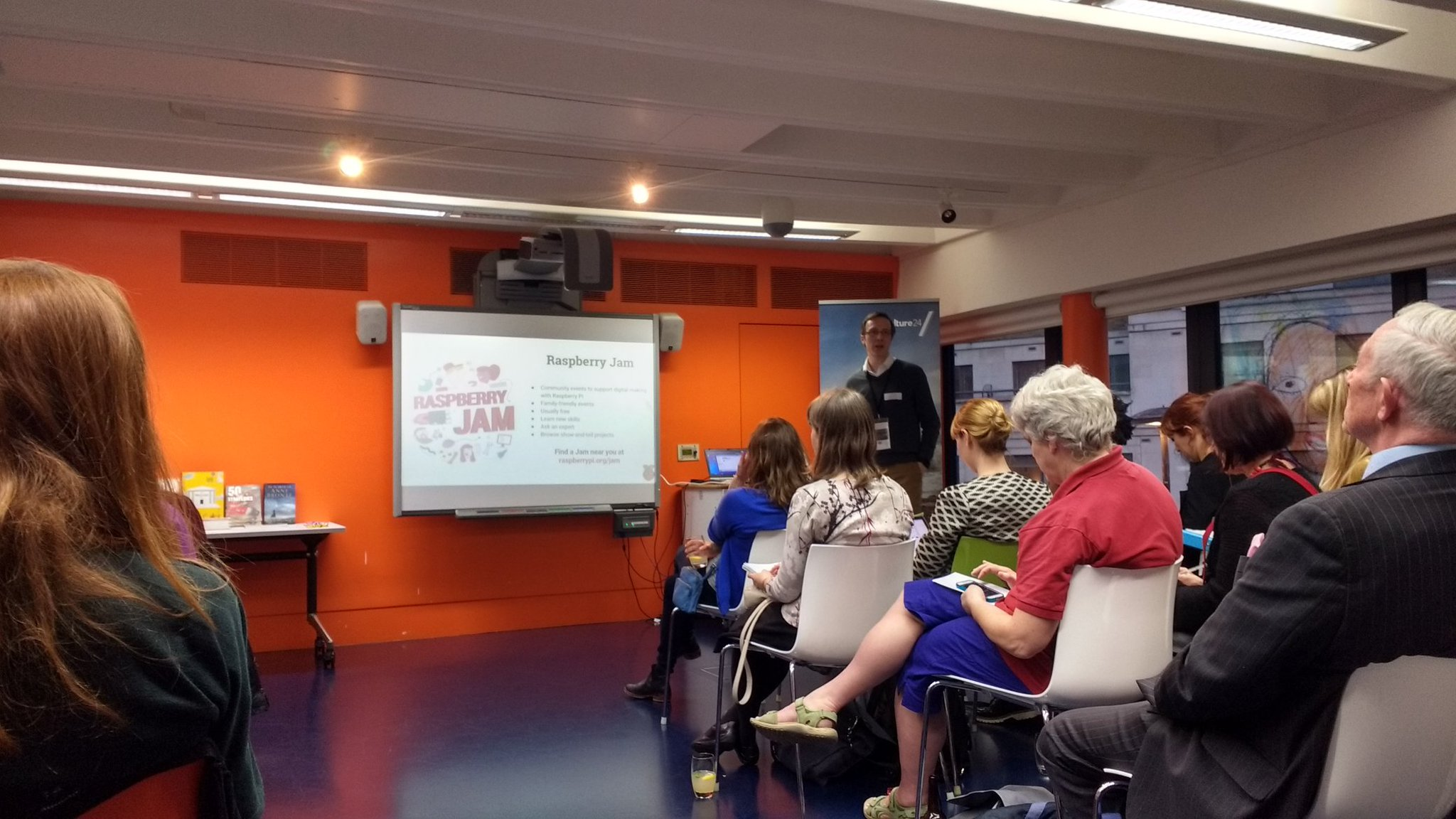 #tmculture24 @oliverquinlan introduces #raspberryjam events https://t.co/yifw5R7hSt
