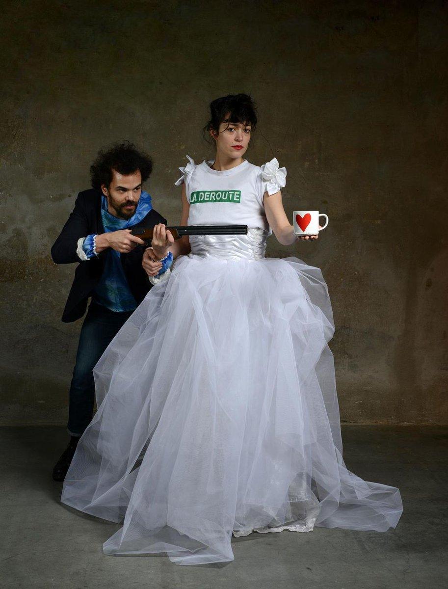 Allez voir Vimala Pons qui va jouer #GRANDE à la #ComédieDeCaen  avec Tsirihaka Harrivel : du théâtre-cirque à la sauce music-hall !<br>http://pic.twitter.com/Butnr2Qlew