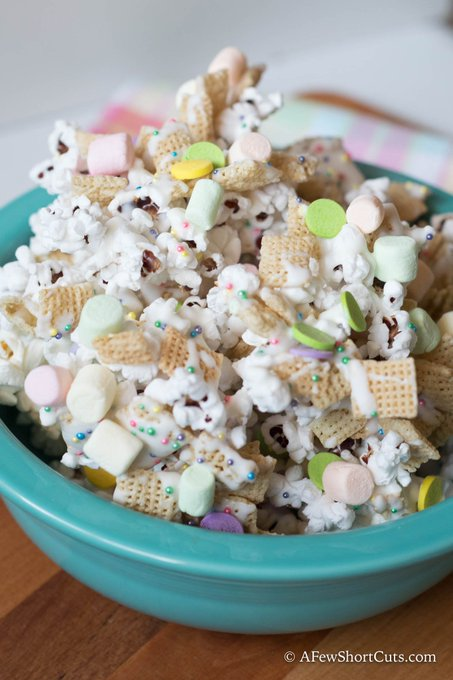 White Chocolate Spring Snack Mix