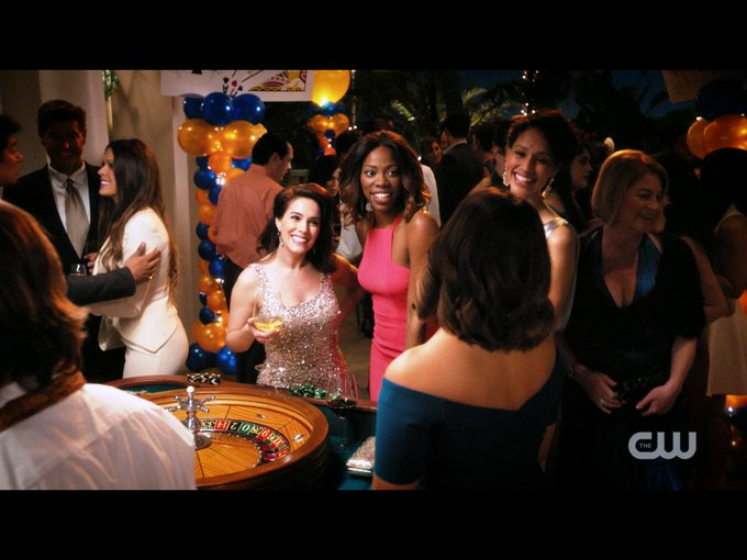 Get ready for an all new #JanetheVirgin TONIGHT 9/8c pm the CW! @CWJaneTheVirgin https://t.co/wk93OD