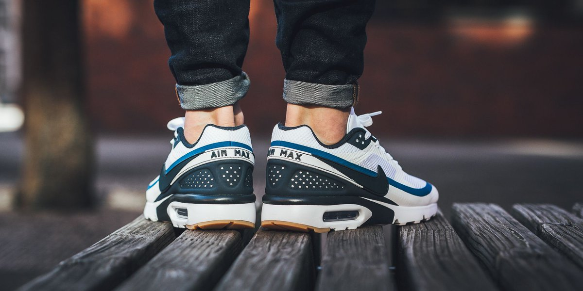 NEW IN! Nike Air Max Bw Ultra - White Armory Navy-Industrial Blue SHOP  HERE  http   bit.ly 2nslkSy pic.twitter.com dPYfARxhYv 9202641e7