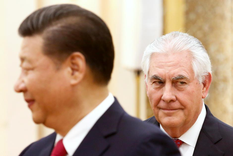 Vu des #États-Unis. #Tillerson, un secrétaire d&#39;État conciliant avec #Pékin  http:// ebx.sh/2n6v1oX  &nbsp;  <br>http://pic.twitter.com/UkZlRM5VUL