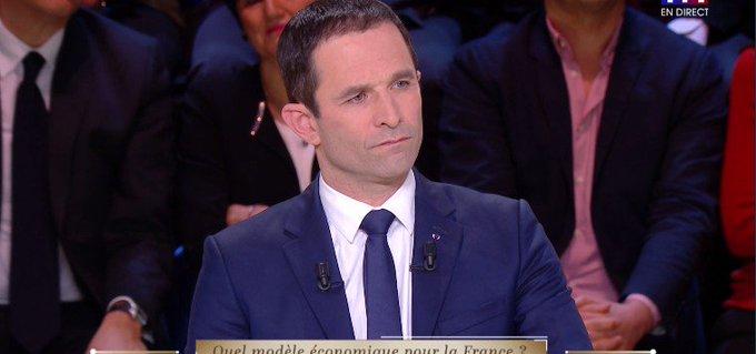 Hamon à Fillon : 'Vous êtes fort en soustraction, moins en addition sauf quand il s'agit de votre propre argent !' #LeGrandDebat