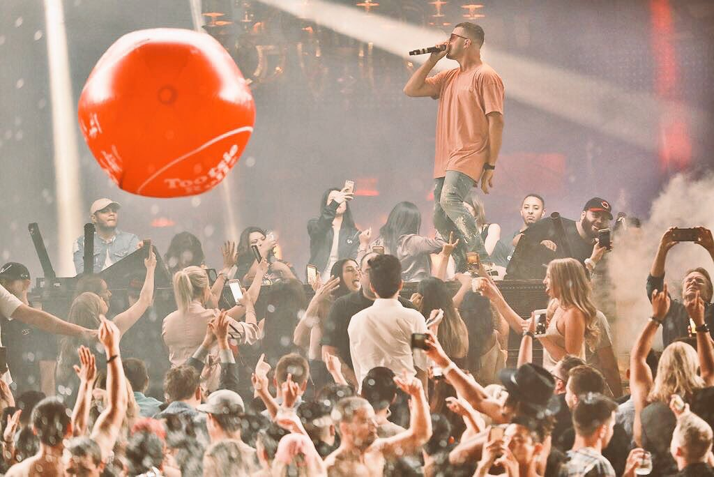 Last night was MAD! Thanks for the good vibes Las Vegas