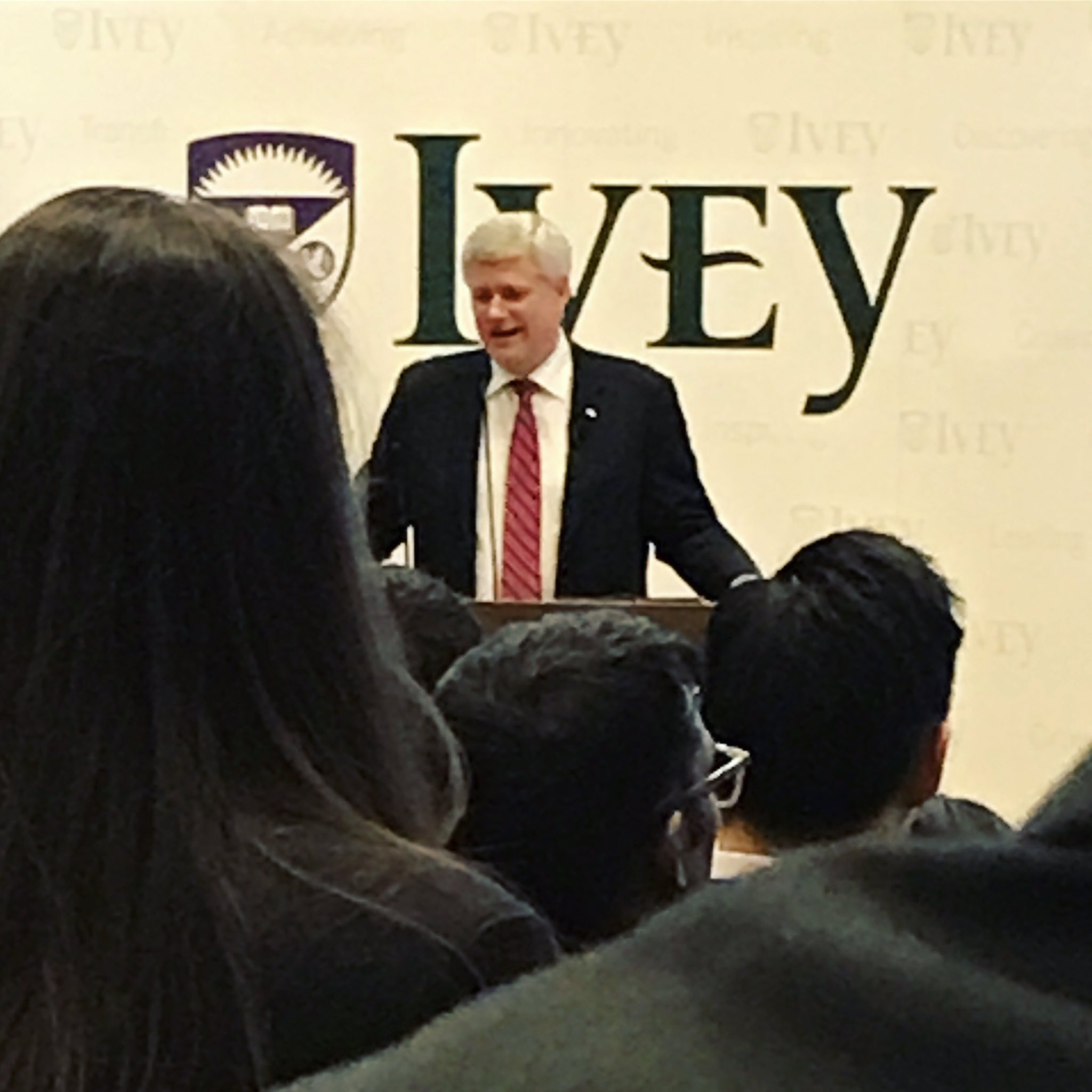 It was awesome to have our former Prime Minister Stephen Harper visit us today #degree2career #iveybusiness #ldnont https://t.co/7p34RMKBrB