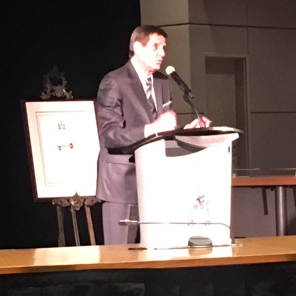 La Ville d'Ottawa rend hommage à Michel Picard.  Hommage pleinement mé...