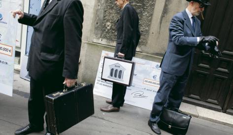#EvasionFiscale Ces paradis fiscaux où les banques multiplient les milliards  http:// bit.ly/2on1DII  &nbsp;  <br>http://pic.twitter.com/yPt6USkNej