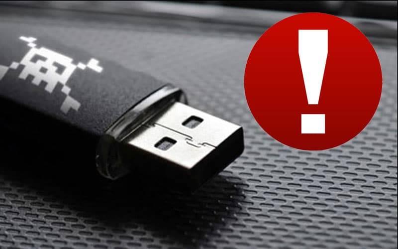 Malin les mecs ! Clés USB dans les boîtes aux lettres : attention arnaque !  http:// ln.is/www.phonandroi d.com/Jw9wZ &nbsp; …  #hacking #hack <br>http://pic.twitter.com/Z3aHKw0aTZ