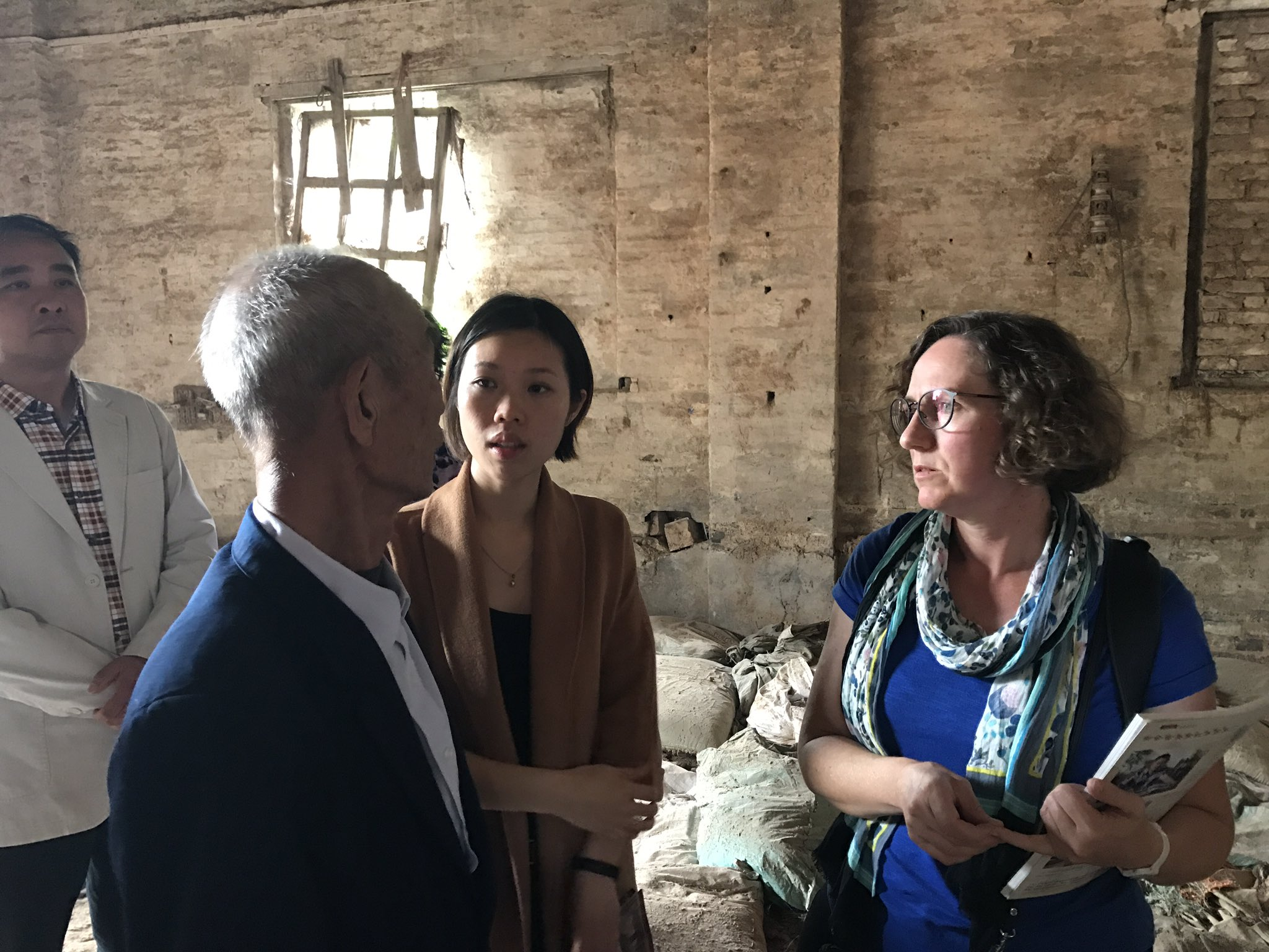 And @baibi in Minahan's village with Grandpa Chan and his granddaughter Dorrie #cahht17 https://t.co/ESGVHcofMl
