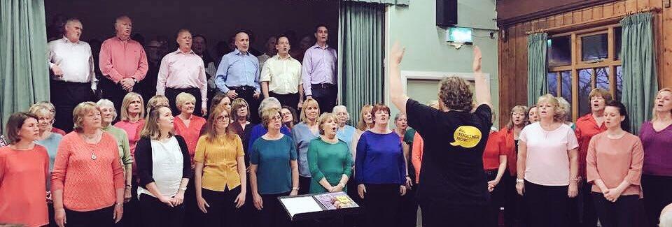 We did it! A joyous evening of singing & £863 raised for @ChoirwithNoName #HoltVillageVoices #BebingtonBitterMen https://t.co/tyuVVrbjEy