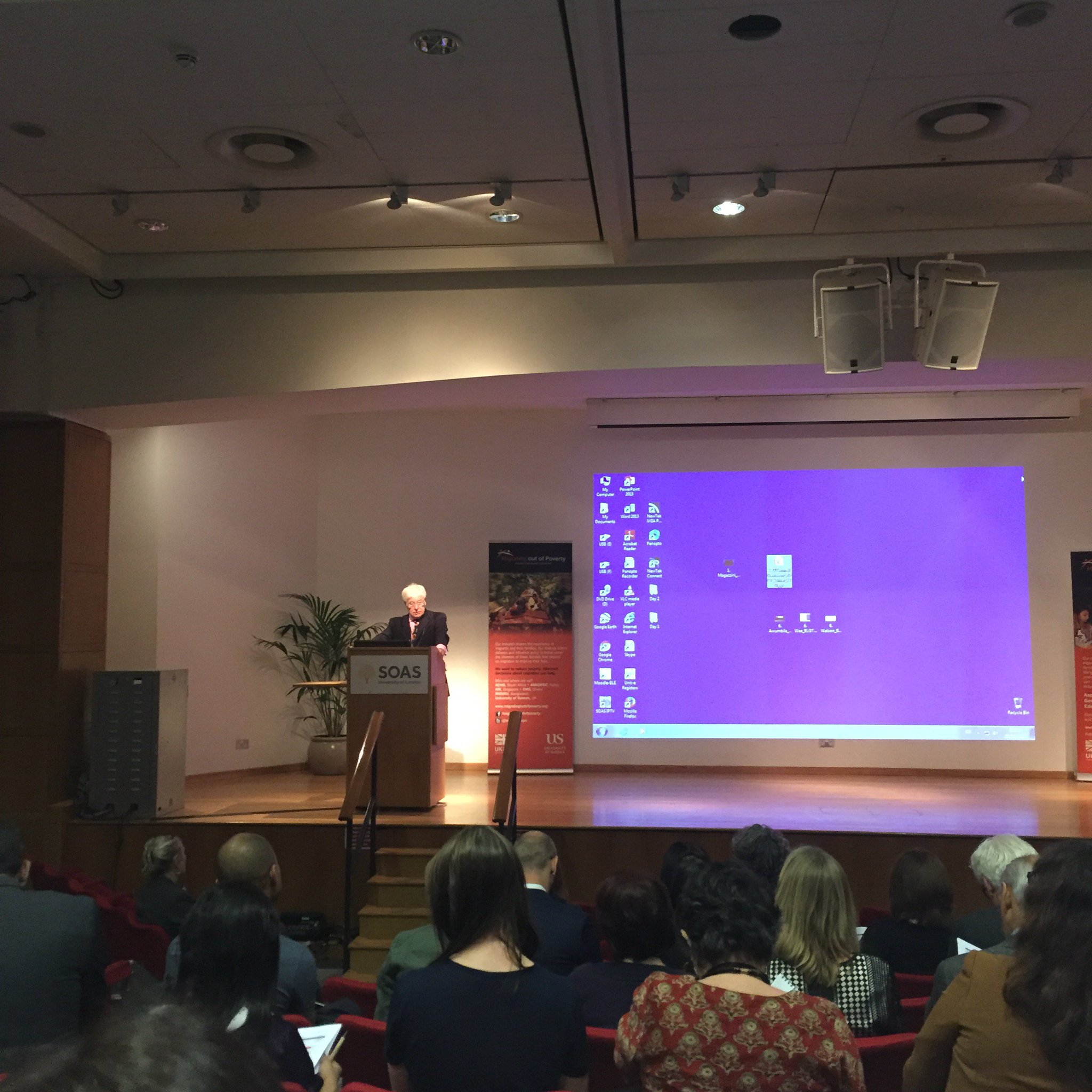 Alan Winters opening the #MOOPconf @SOAS looking forward to 2 days of Interesting speakers and discussions. @MigrationRPC https://t.co/BpZ3CaqLfp