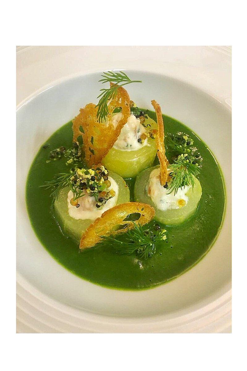 Suggestion du jour : Maki de concombre revisité à la truite et aux œufs de poissons  Réservations : 0626163600 #Fish #Food #Healthy <br>http://pic.twitter.com/k5GYEDysxK