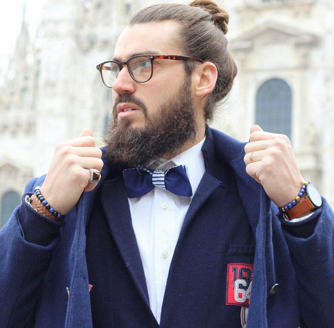 On ressort le Captain Kool avec Monsieur Kool notre #blogger préféré #noeudpapillon #bowtie #beard #men #fashion #madeinfrance #mode #look <br>http://pic.twitter.com/NFtoVAAFu3