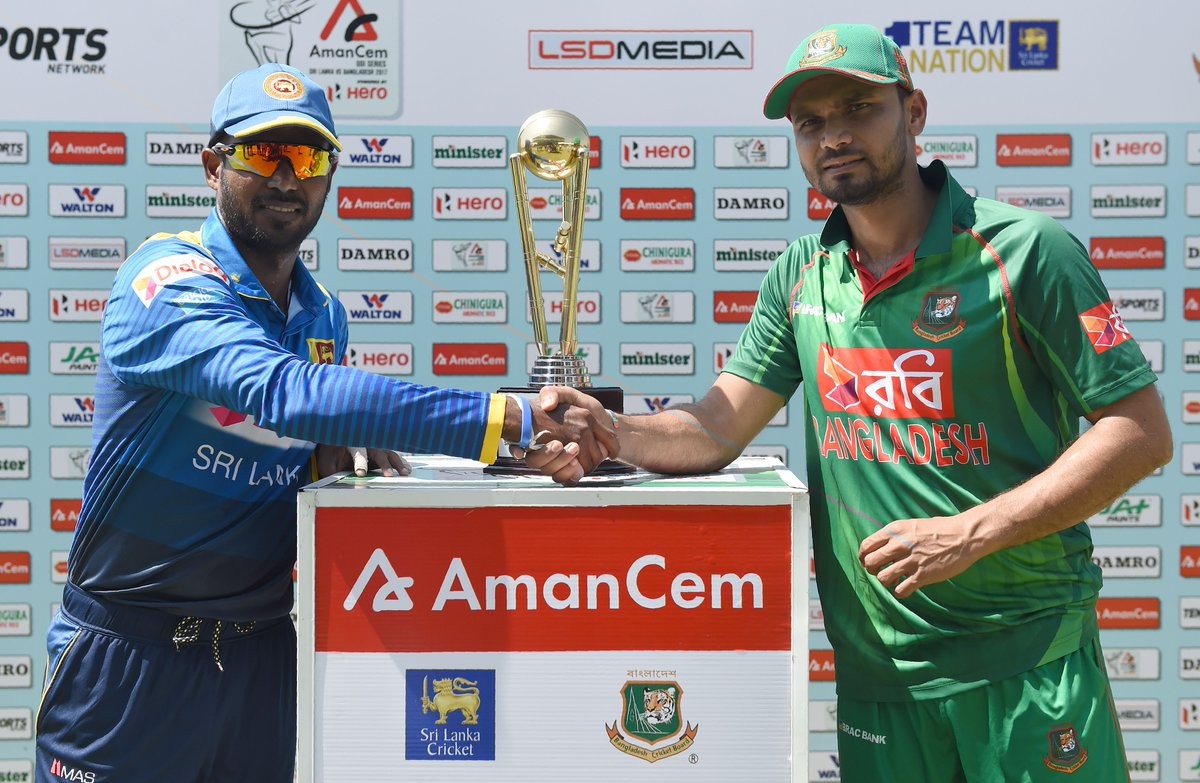 Upul Tharanga won the toss in his 200th ODI and Sri Lanka bat first against Bangladesh in Dambulla