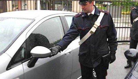 Mettono a segno la truffa dello specchietto davanti ai carabinieri, denunciati - https://t.co/bLI8x2aahr #blogsicilianotizie