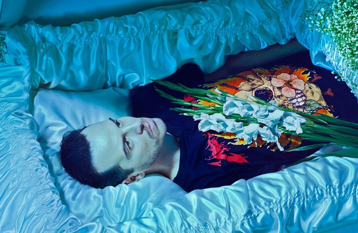 Andrew Scott Hamlet to transfer to the West End https://t.co/wiuaL8iWUn
