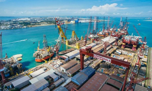 Keppel signs Heads of #Agreement with Borr Drilling for Transocean Rigs  https://www. vesselfinder.com/news/8821-Kepp el-signs-Heads-of-Agreement-with-Borr-Drilling-for-Transocean-Rigs &nbsp; …  #Keppel #Transocean #BorrDrilling #Rigs<br>http://pic.twitter.com/i9c8YJ9nNK