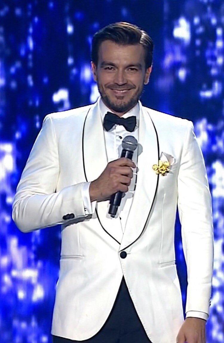 Gracias Colombia!!! #senoritacolombia @CanalRCN 🙏🏼❤ https://t.co/XZl5w...
