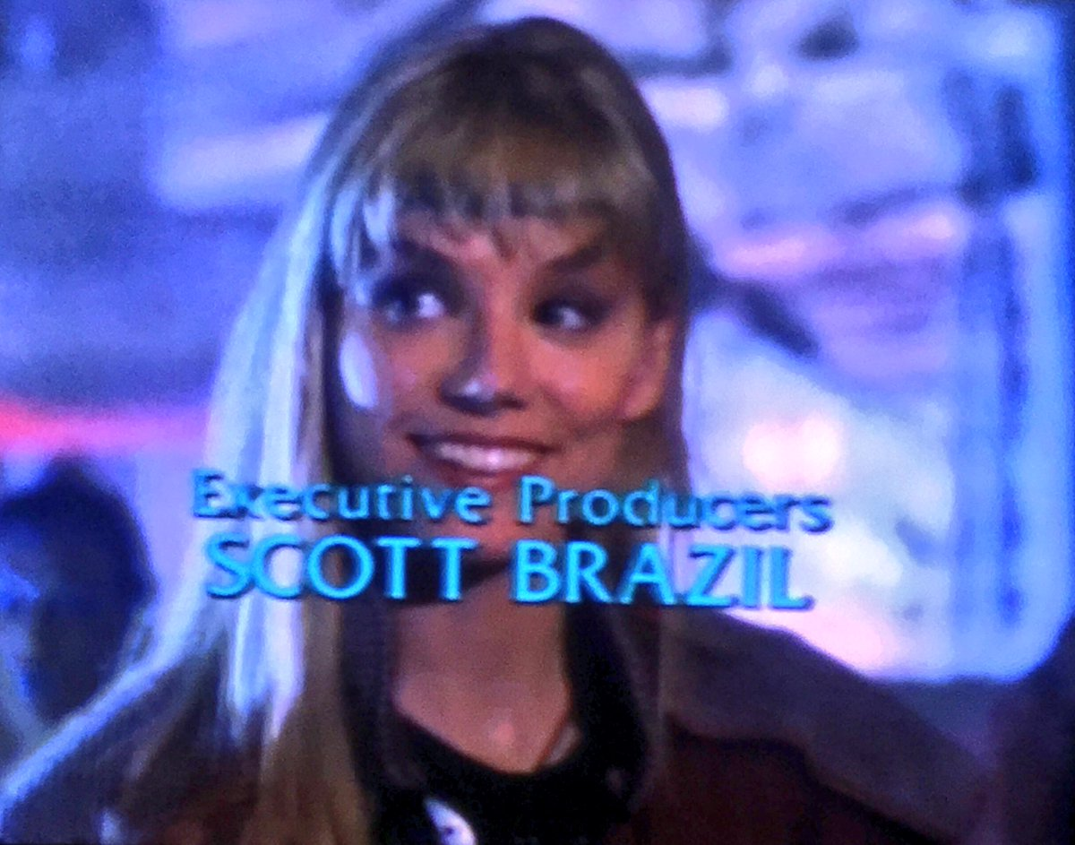 """""""Thorson, you just decked my fiancée!"""" """"Yeah, I did.""""  FREEZE FRAME. CREDITS. #SpaceRangers <br>http://pic.twitter.com/B1fY9E7qI0"""