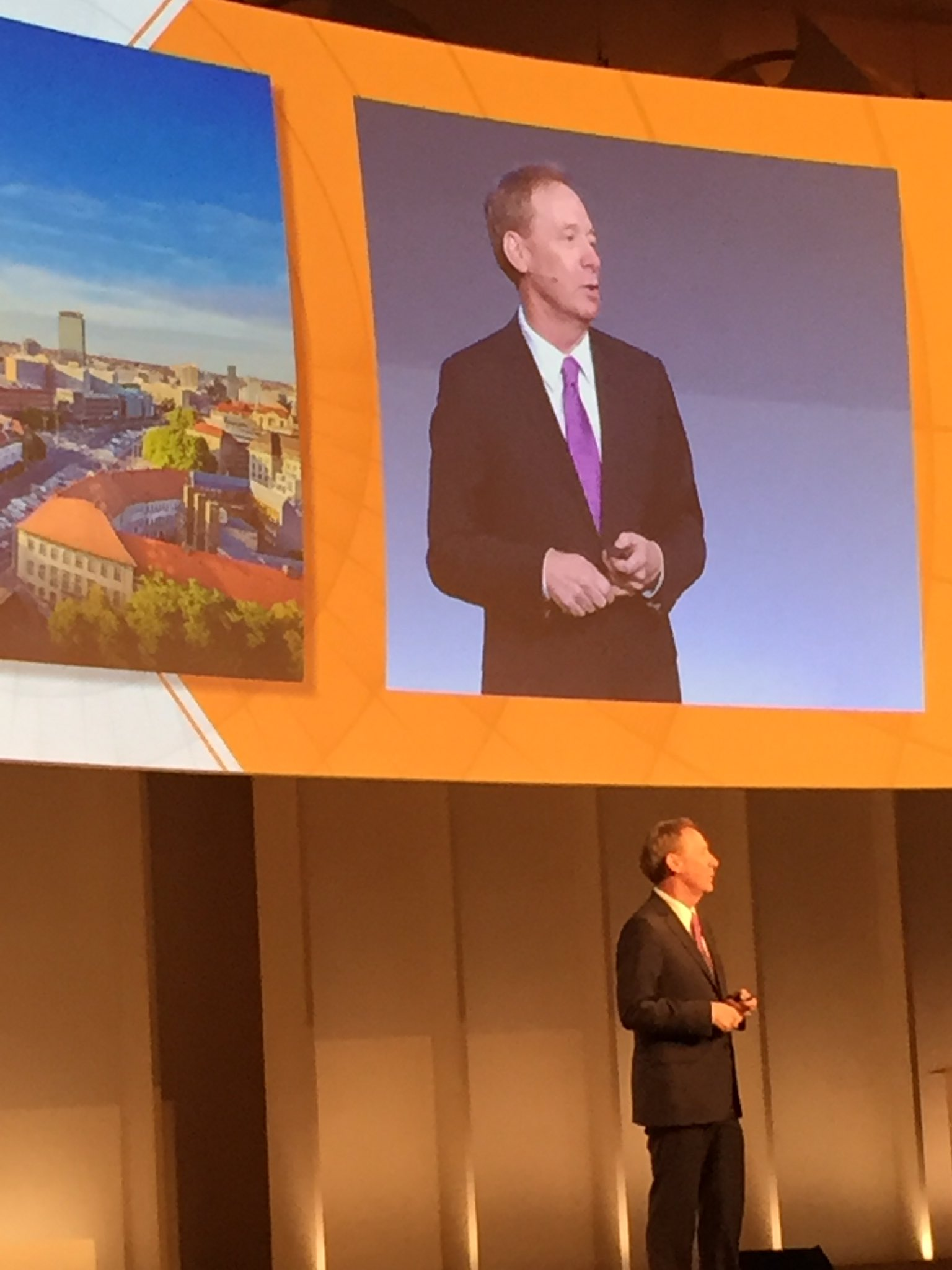 Second day of #PrincetonFung starts with @BradSmi https://t.co/xdGdOHgrbr