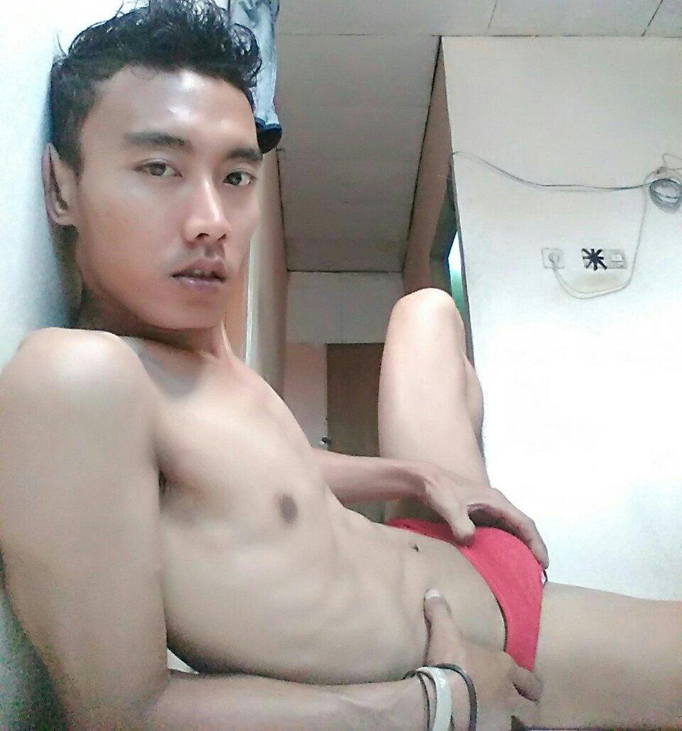 black shemale naked pics