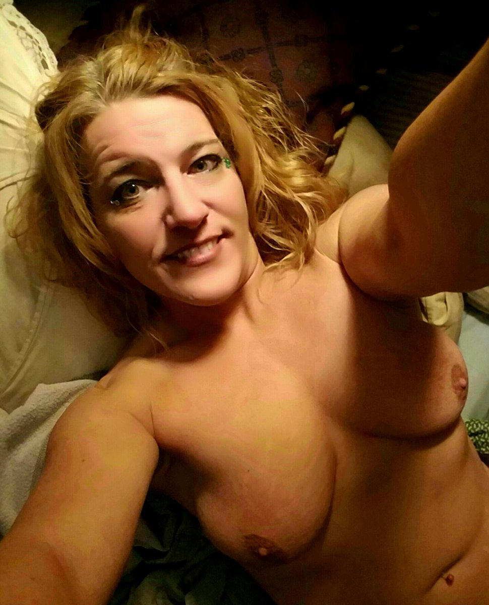 Nude Selfie 10999