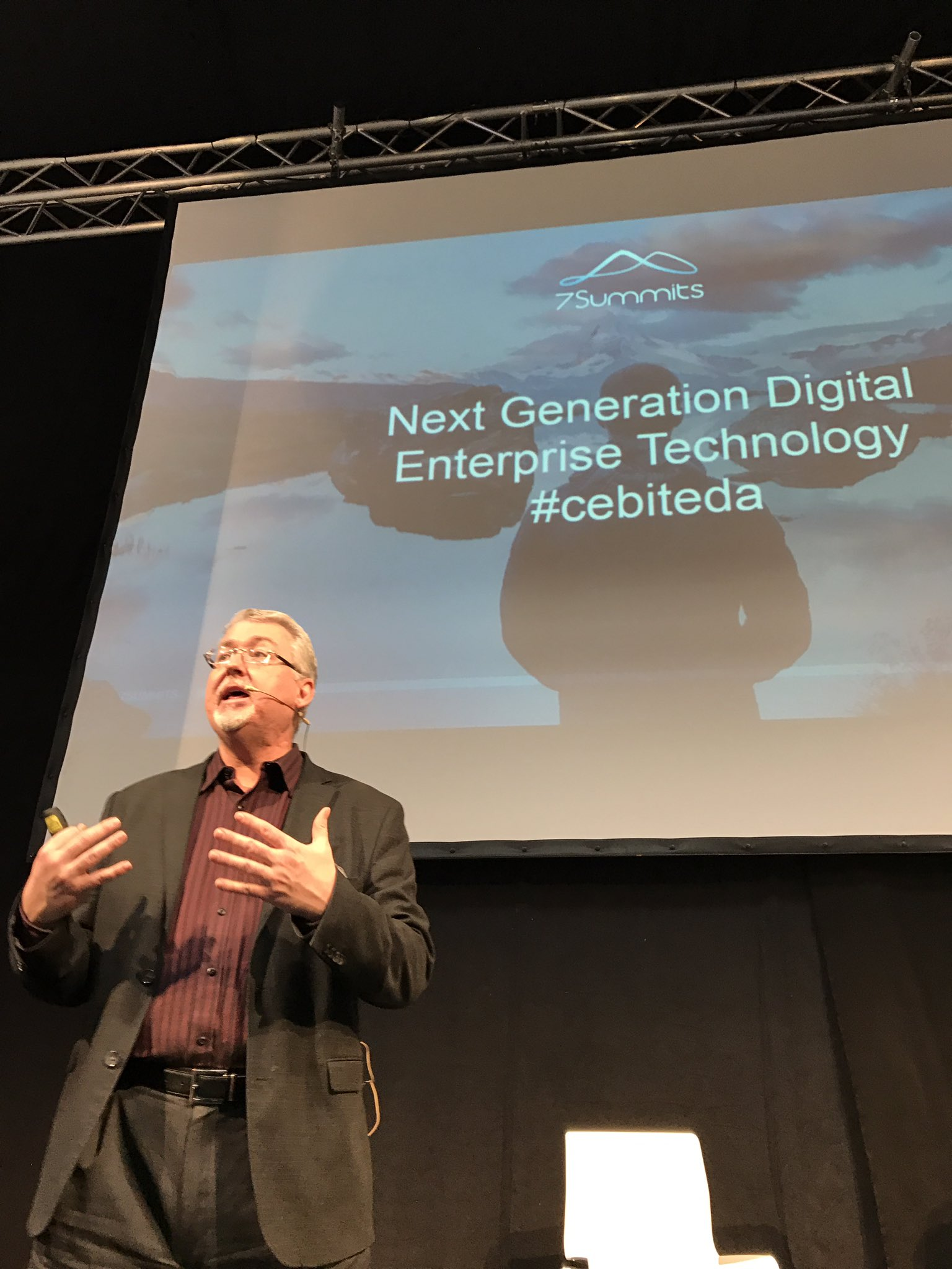 Happy to hear @dhinchcliffe #cebiteda https://t.co/2UQ2o3BJrU