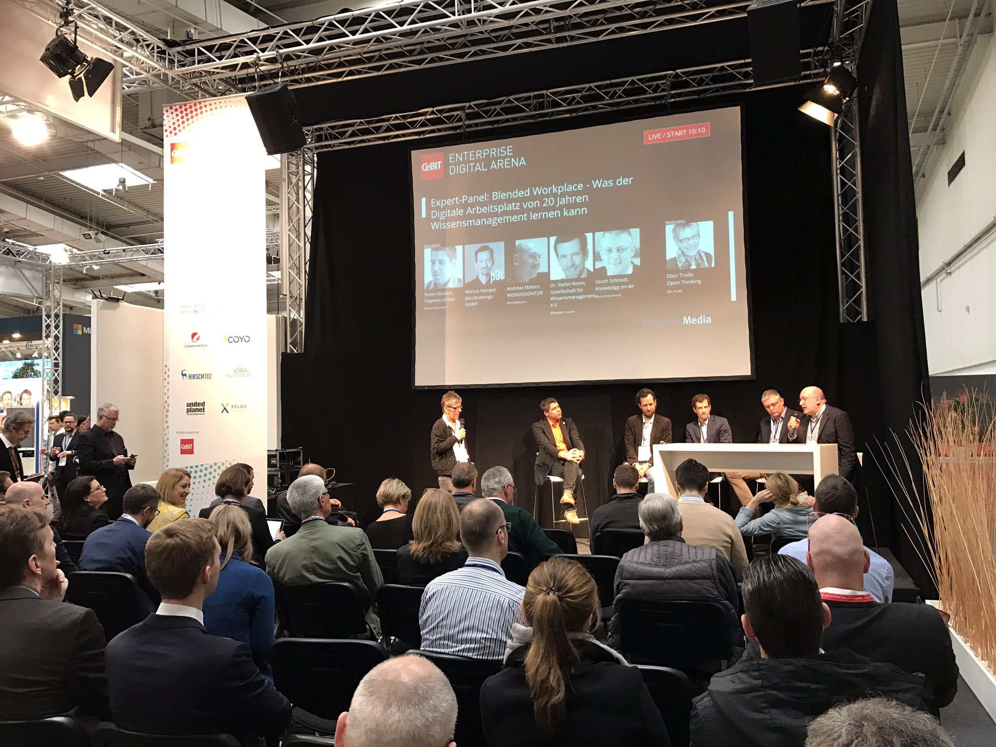 Full House zu #Wissensmanagement #cebiteda #CeBIT17 https://t.co/AN4qzJDCDM