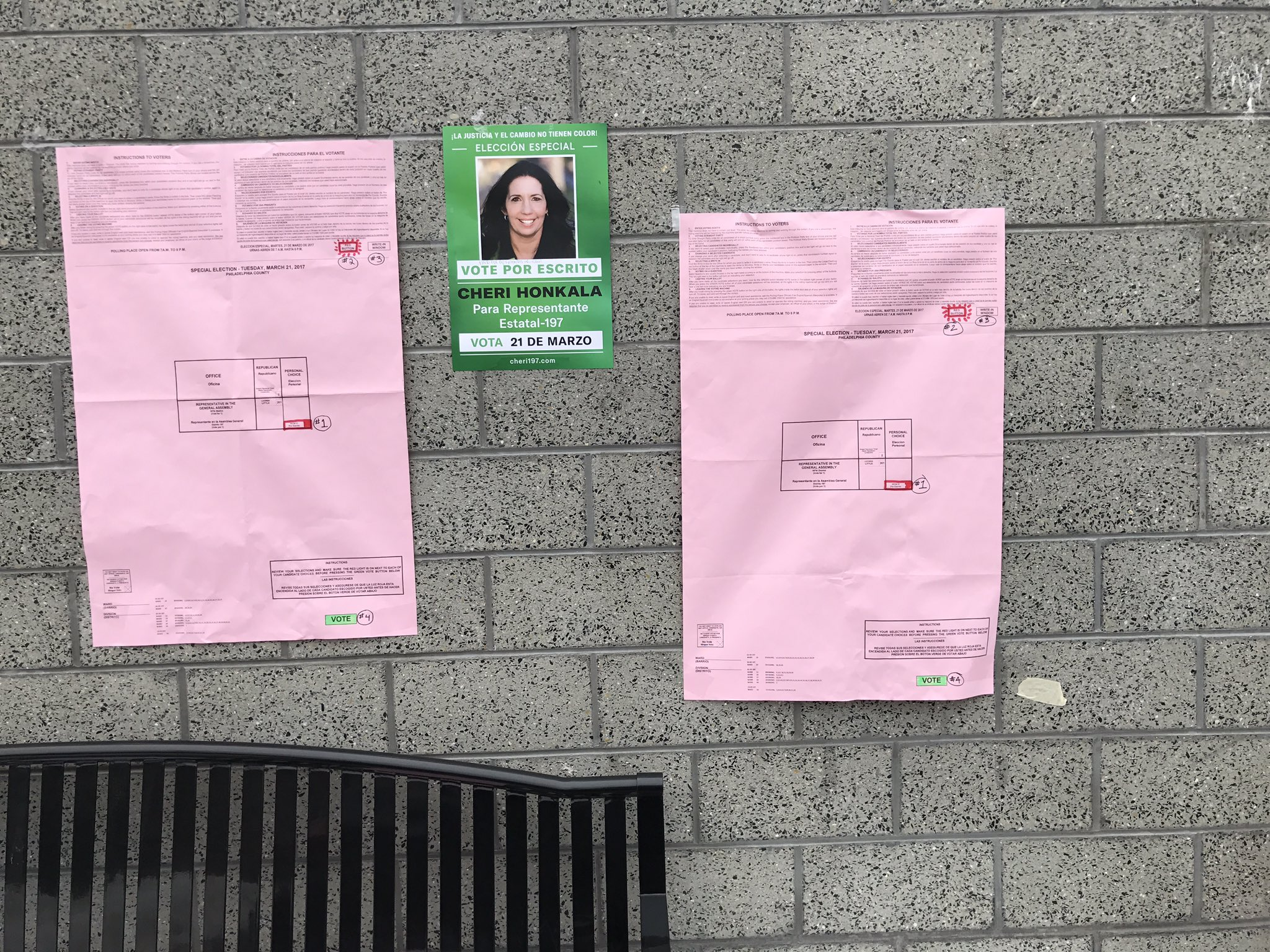 Repubs hearing that Honkala's signs will be taken down because they don't say who paid for them. Dems reported it #197th @TheSpiritNews https://t.co/fpA9r4fNrH