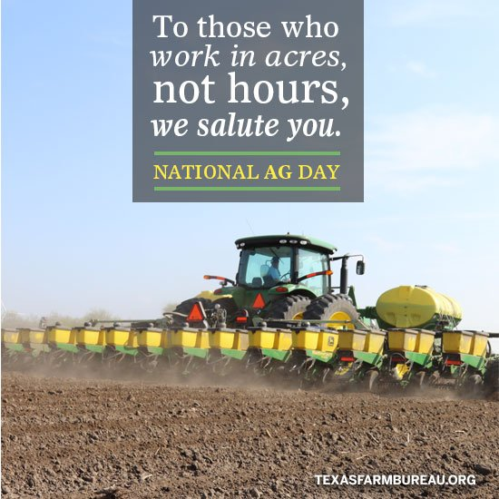 To some, it's just dirt. To a farmer, it's potential. #NationalAgDay #Farm365 https://t.co/lF6HKcaOH5