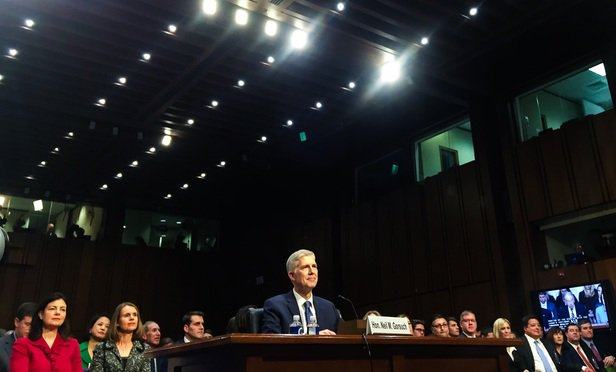 """""""Judges are not politicians in robes. If I thought that I'd hang up my robe."""" -- #SCOTUS #confirmationhearing, day 1  http:// ow.ly/tlTT30a6KgX  &nbsp;  <br>http://pic.twitter.com/mEOp8aHYuD"""
