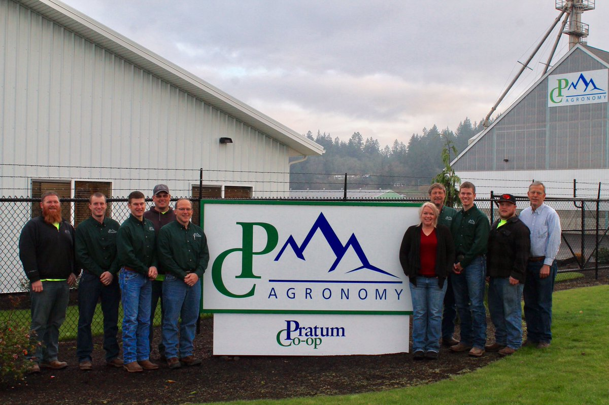Happy #NationalAgDay! Proud to be part of an industry that provides #food #fuel and #fiber for the world #ORag #PratumCoop <br>http://pic.twitter.com/4H9jfkgff5