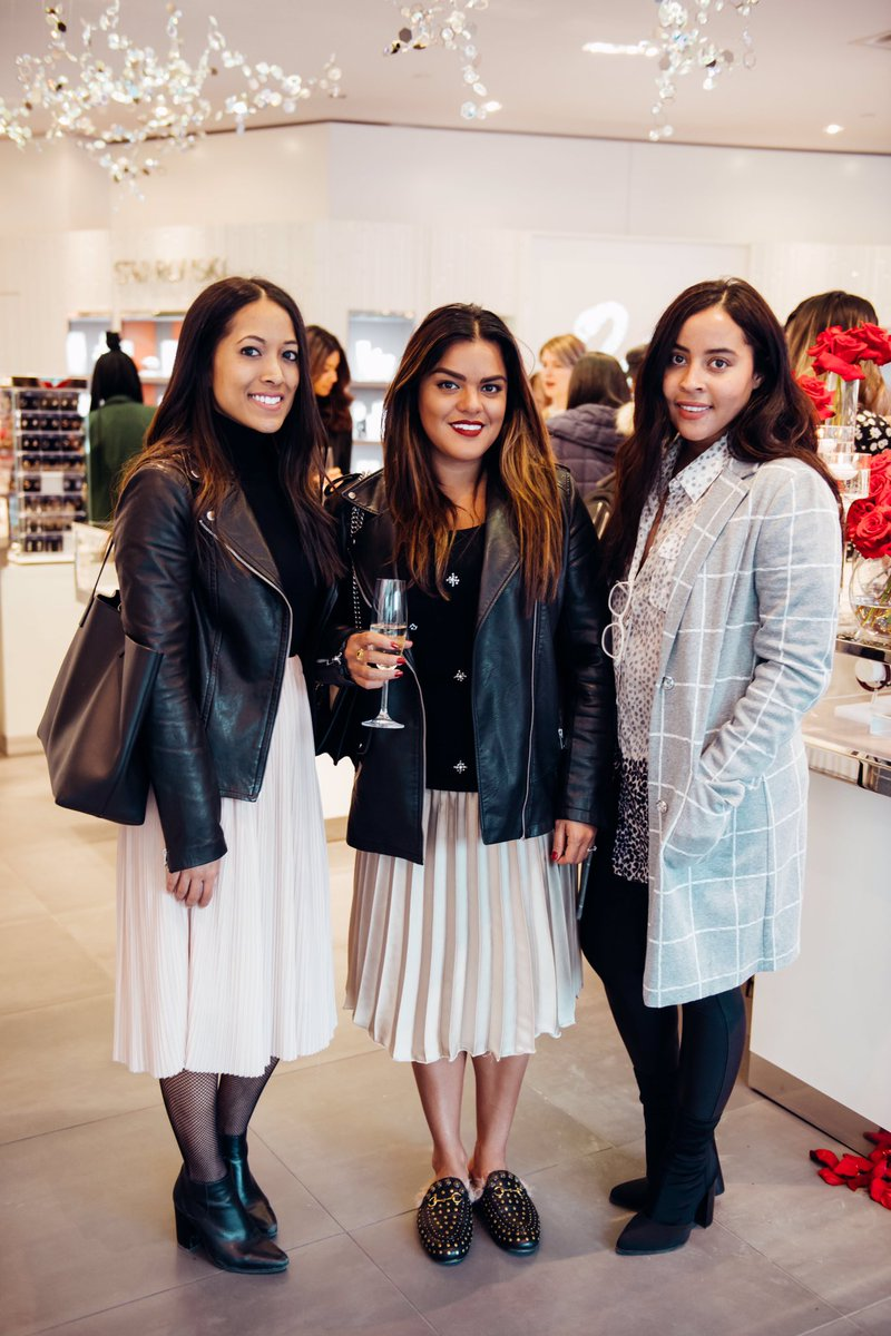 My babes at last nights event by @swarovski #SwarovskiBATB @dineandfas...