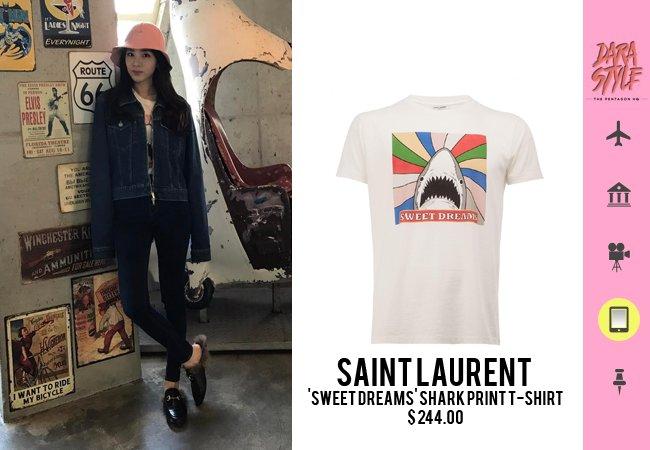 f56b43050 [SNS Update] 170321 - #Dara's Instagram post, wearing: @YSL 'Sweet Dreams'  Shark Print T-shirtpic.twitter.com/jAUXaqjfsG