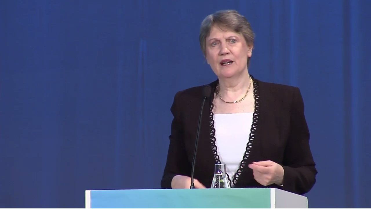@HelenClarkUNDP: #humandevelopment progress is prelude to tougher challenge: ensuring all benefit. #HDR2016 is out https://t.co/Pdiugk8RtX https://t.co/F4Se7IHUPx