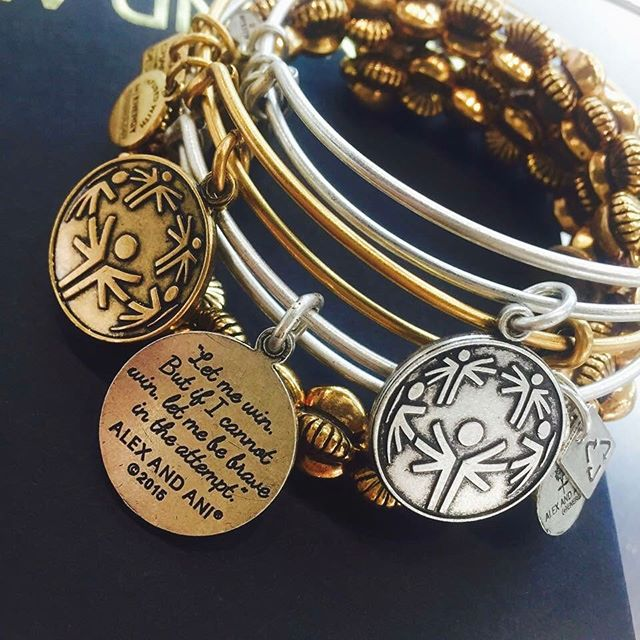 Retweet this to show your support for #WorldDownsSyndromeDay!  http://www. alexandani.com/power-of-unity -charm-bangle.html?utm_source=social&amp;utm_campaign=world_down_syndrome_day&amp;utm_medium=twitter&amp;utm_term=03212017&amp;utm_content=special_olympics_power_of_unity &nbsp; …  #PowerOfUnity @SpecialOlympics<br>http://pic.twitter.com/NshR8ps7cA