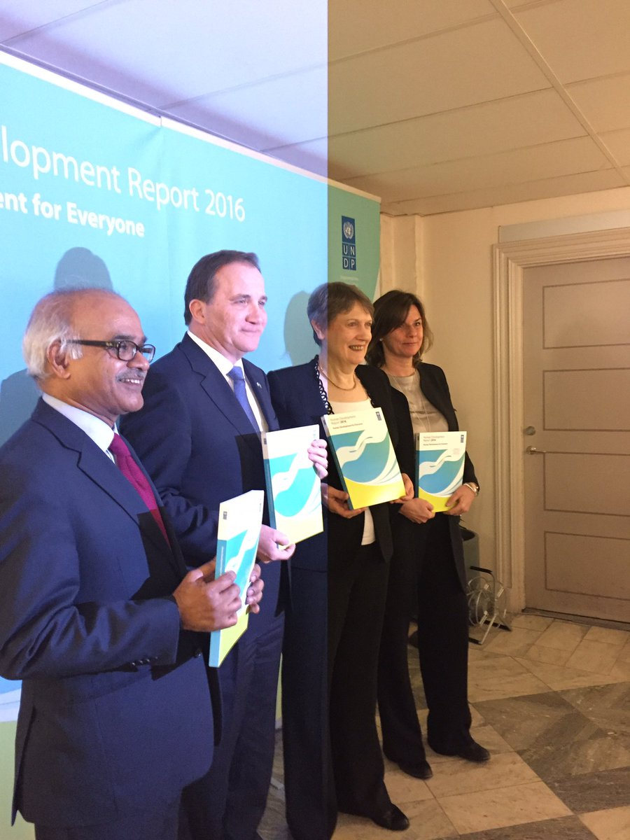 @One_UN_Comoros welcomes global launch @UNDP #HDR2016 by @HelenClarkUNDP @SwedishPM @IsabellaLovin @SelimJahanUNDP https://t.co/XZnlkflDp4 https://t.co/eshvBihGNY