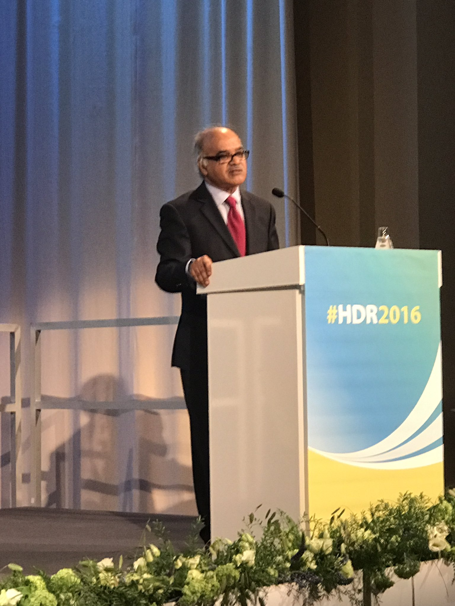 @SelimJahanUNDP presenting #HDR2016 tells audience Inequalities defining issue of our time. @TheUNTimes @UNDP_Sweden @UNDP https://t.co/zUOAJtGdj5