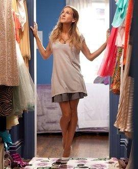Comme vous n&#39;avez pas un #dressing comme #Carrie ! il va falloir faire un #tri #garderobe pour le #printemps !  http:// bit.ly/2o0fB2Y  &nbsp;  <br>http://pic.twitter.com/XdF8Xpl8KJ