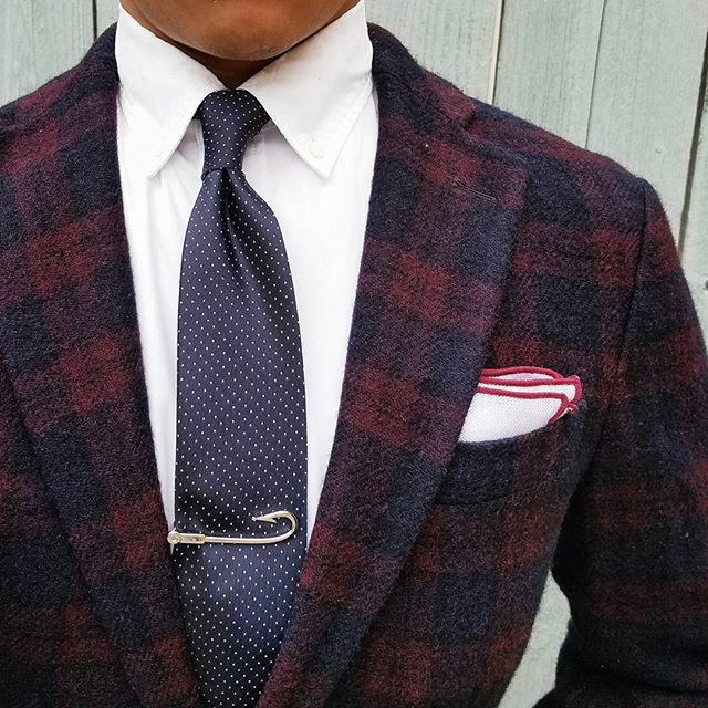 Tie Tuesday inspiration!  #MensStyle #MenWithStyle #TuesdayMotivation<br>http://pic.twitter.com/CKcB5clDu0