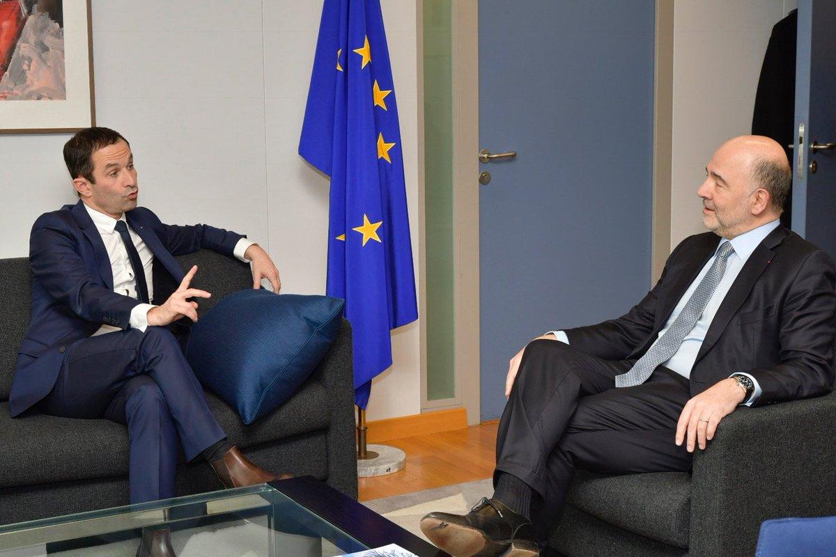 Avec @benoithamon pour discuter #Europe et démocratisation de la #zoneeuro. Des sujets qui méritent l&#39;ambition ! <br>http://pic.twitter.com/1JsLS6lUcD