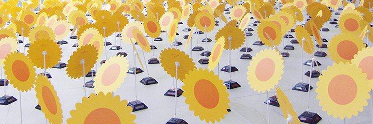 Dancing #Solar Flowers! #Art4Climate Artist Alexandre Dang  http:// ow.ly/WCng30a6p9z  &nbsp;   @UNFCCC #COP23 @AlexandreDang<br>http://pic.twitter.com/A3C25rWFqQ