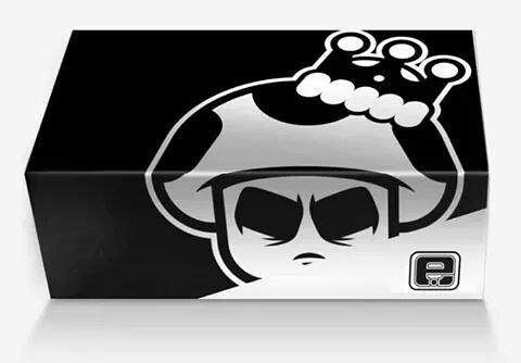 Le packaging est juste trop belle blanc noir avec le symbole en plus killer. #packaging #objectif #unpeutrop<br>http://pic.twitter.com/jPyOEQjbys