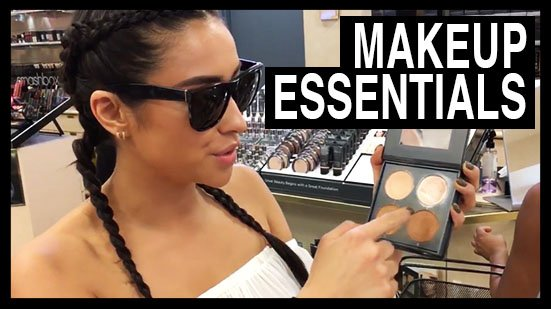 You guys know I ❤️ my makeup... sharing all my essentials in today's n...